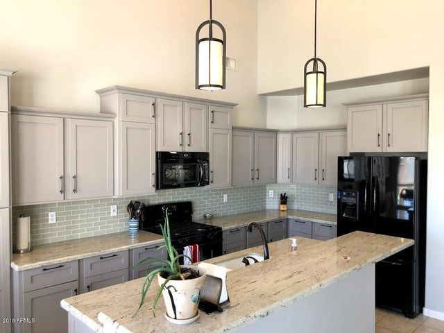 Beautifully updated and spacious kitchen