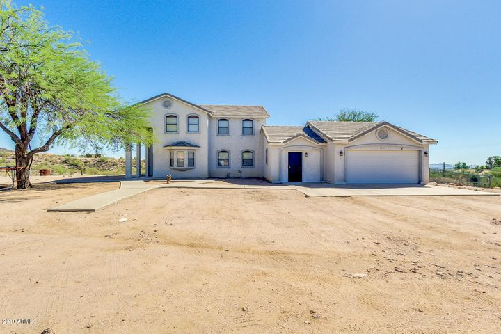 5651 E JACOB WALTZ Street, Apache Junction, AZ 85119