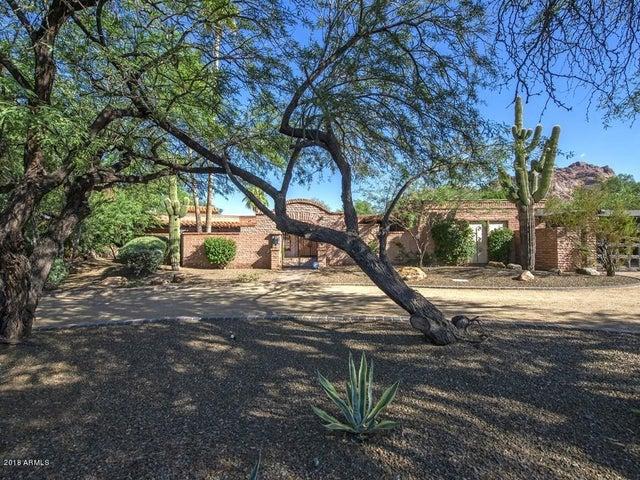 4562 E CAMELBACK Road, Phoenix, AZ 85018