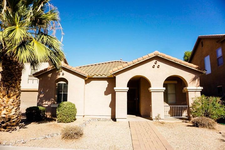 4490 E LOMA VISTA Street, Gilbert, AZ 85295