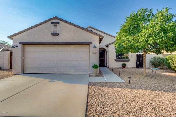 38627 N ARMADILLO Drive, San Tan Valley, AZ 85140