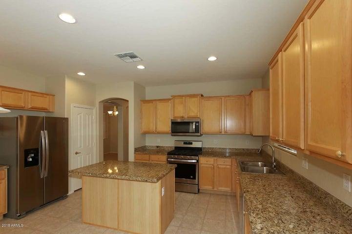 2850 S NEBRASKA Street, Chandler, AZ 85286