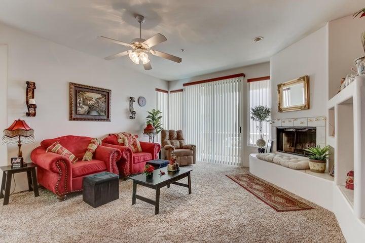11880 N SAGUARO Boulevard, 204, Fountain Hills, AZ 85268