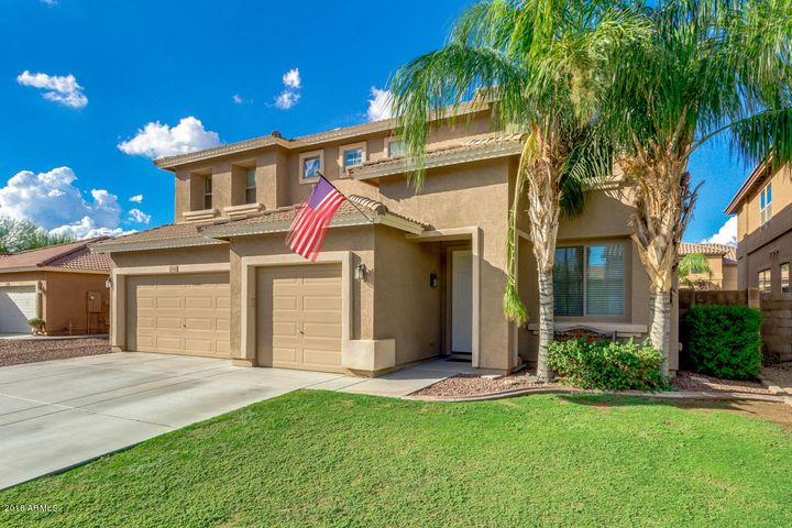 5 bedroom 3.5 bath home with 3 car garage, RV gate, pool and spa!