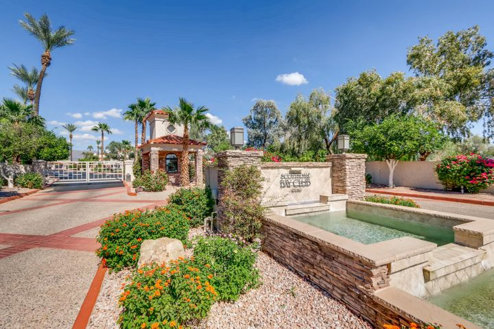 10080 E MOUNTAINVIEW LAKE Drive, 230, Scottsdale, AZ 85258