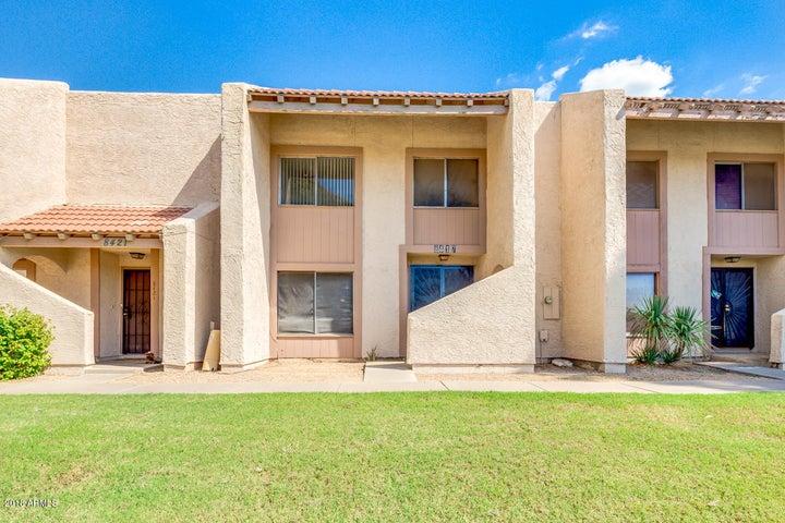 8417 N 55TH Avenue, Glendale, AZ 85302