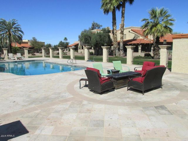 SUNDAY OPEN NOON TO 4 PM Pool is just out back. Sit around the fire on cooler evenings