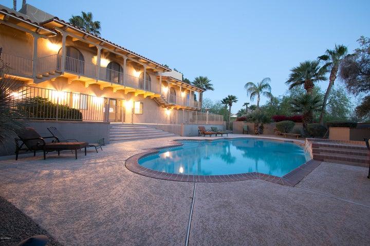 6536 N 40TH Place, Paradise Valley, AZ 85253