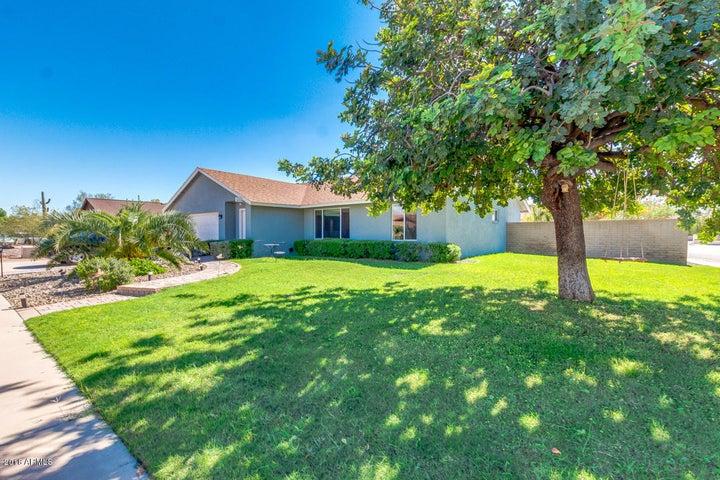 3147 W MEADOW Drive, Phoenix, AZ 85053