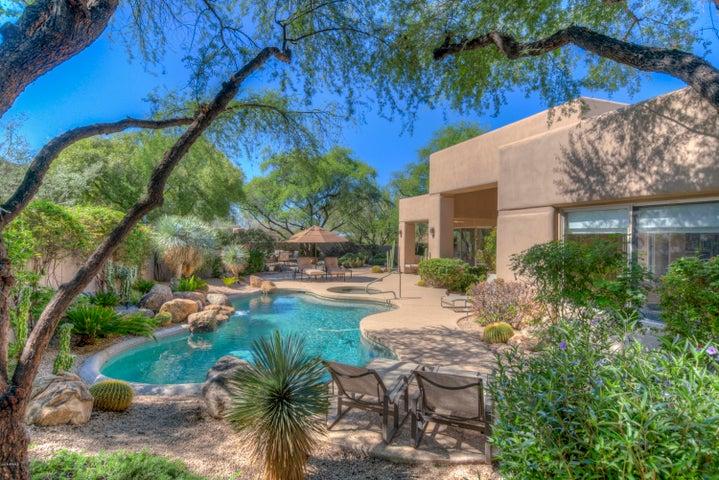 7415 E High Point Drive, Scottsdale, AZ 85266