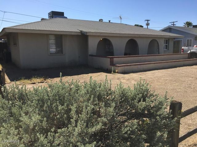 826 N Los Alamos Drive, Goodyear, AZ 85338