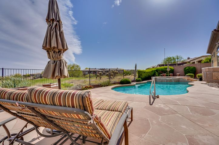 42008 N CLUB POINTE Drive, Anthem, AZ 85086
