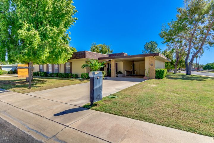 10357 W HIGHWOOD Lane, Sun City, AZ 85373