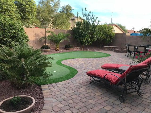 986 E MOUNTAIN VIEW Road, San Tan Valley, AZ 85143