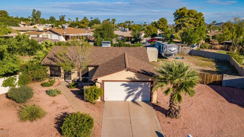 2118 E BLANCHE Drive, Phoenix, AZ 85022