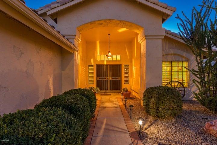 17340 N RAINDANCE Road, Surprise, AZ 85374