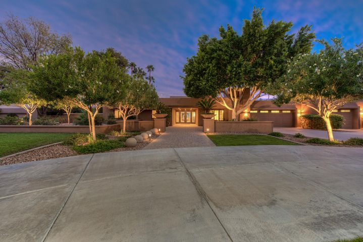 4835 E ONYX Avenue, Paradise Valley, AZ 85253
