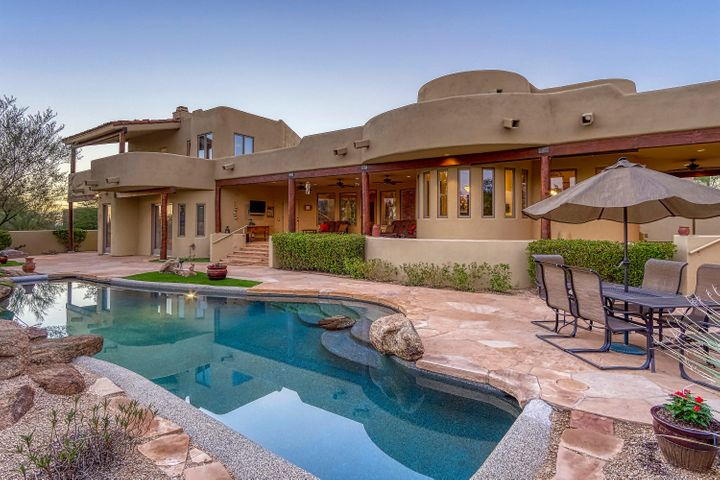 9248 E LOS GATOS Drive, Scottsdale, AZ 85255