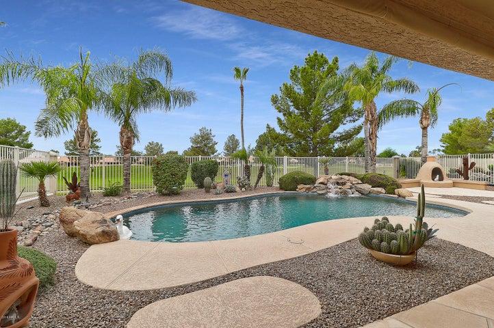 5722 S AMBERWOOD Drive, Sun Lakes, AZ 85248