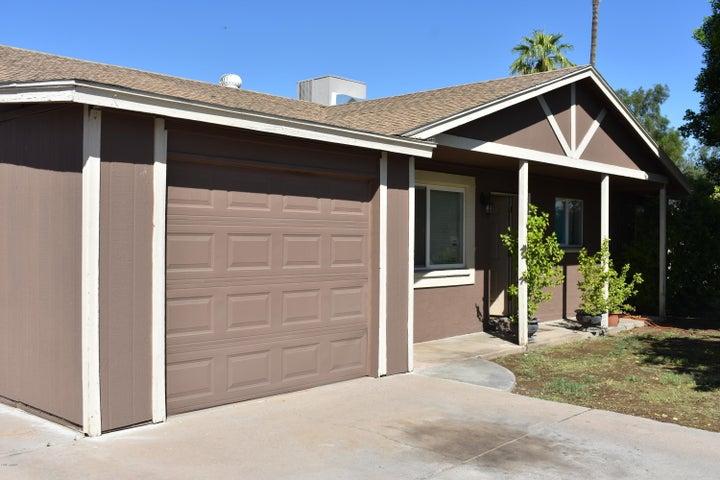 6950 W MONTEBELLO Avenue, Glendale, AZ 85303