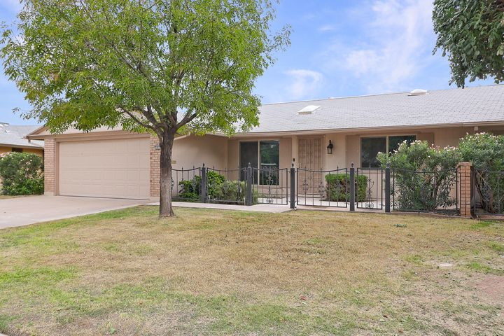 10116 W ROYAL OAK Road, Sun City, AZ 85351