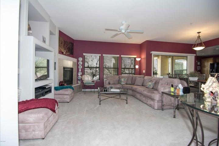 16800 E EL LAGO Boulevard, 2080, Fountain Hills, AZ 85268