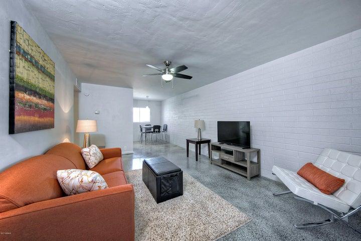 31 W 2nd Street, 12, Mesa, AZ 85201
