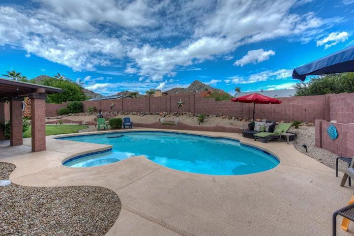 2262 E CHRISTY Drive, Phoenix, AZ 85028