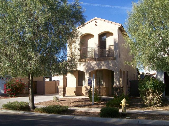3664 E SUNDANCE Avenue, Gilbert, AZ 85297
