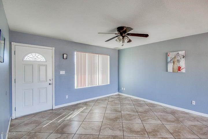 7472 W DESERT COVE Avenue, Peoria, AZ 85345