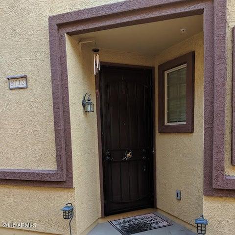 8112 W LYNWOOD Street, Phoenix, AZ 85043