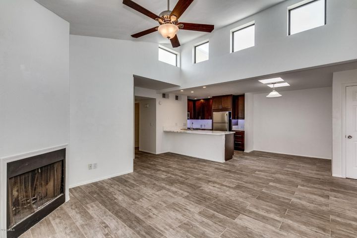 2935 N 68TH Street, 207, Scottsdale, AZ 85251