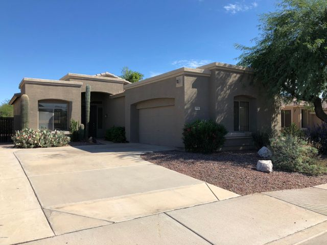 719 S LONGMORE Street, Chandler, AZ 85224