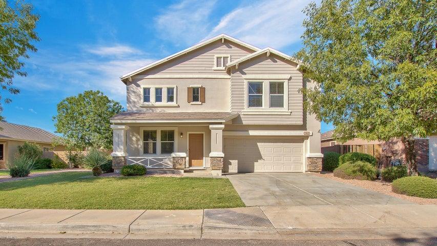 2562 E LOS ALAMOS Street, Gilbert, AZ 85295