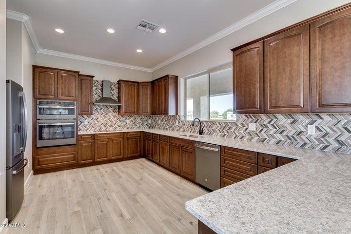 9407 N 175TH Avenue, Waddell, AZ 85355