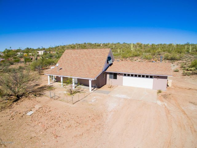1715 W GOLDEN ECHO Drive, New River, AZ 85087