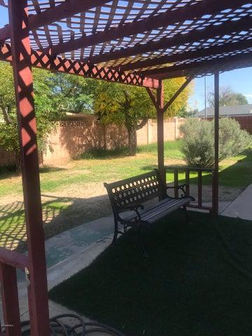 7302 W Keim Drive, Glendale, AZ 85303