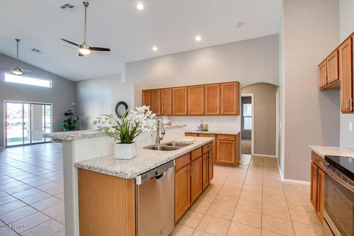 6813 S 58TH Avenue, Laveen, AZ 85339