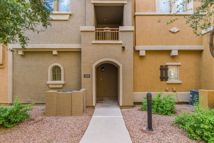 240 W JUNIPER Avenue, 1010, Gilbert, AZ 85233