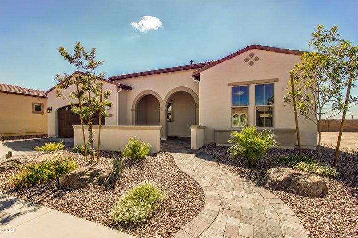 129 E KENNEDIA Drive, San Tan Valley, AZ 85140