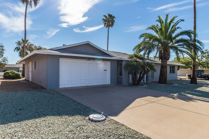 18603 N 132ND Avenue, Sun City West, AZ 85375