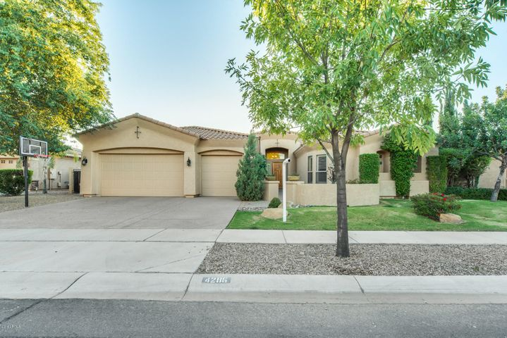 4286 S STAR CANYON Drive, Gilbert, AZ 85297