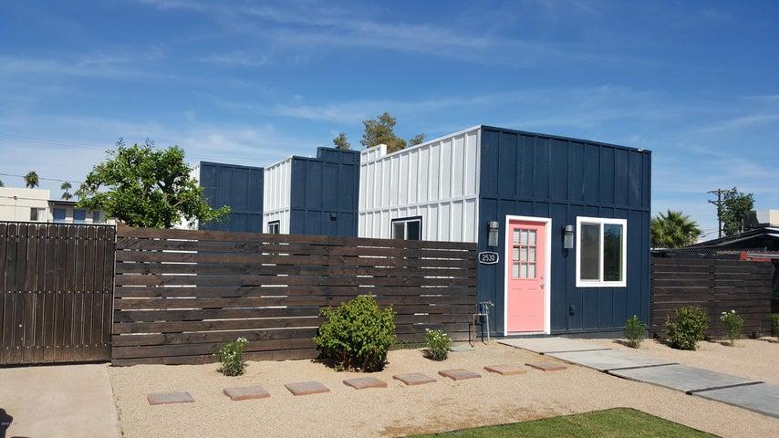 2530 W HAZELWOOD Street, Phoenix, AZ 85017