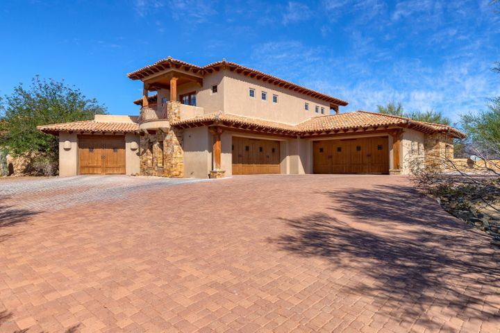 39202 N 57TH Place, Cave Creek, AZ 85331