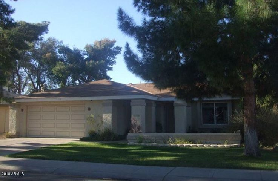 1728 S ROGERS Circle, Mesa, AZ 85202