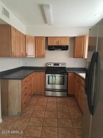 2913 W WOODRIDGE Drive, Phoenix, AZ 85053