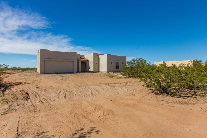 30304 N 208TH Drive, Wittmann, AZ 85361