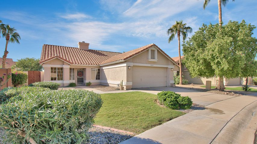 1223 E HIDDENVIEW Drive, Phoenix, AZ 85048