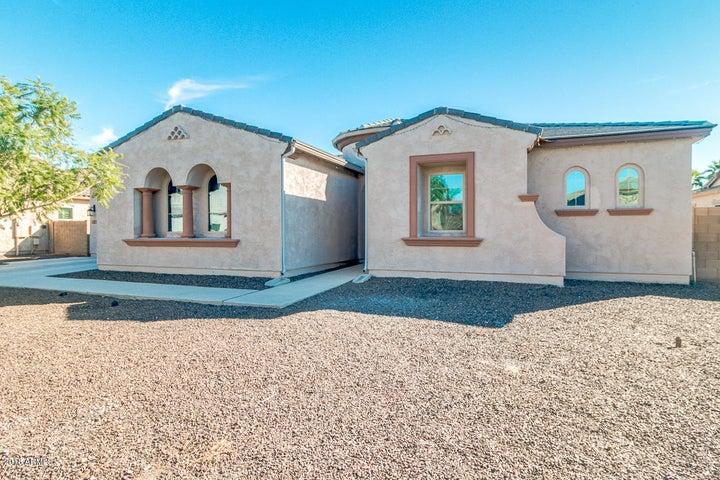 2997 E WILDHORSE Drive, Gilbert, AZ 85297