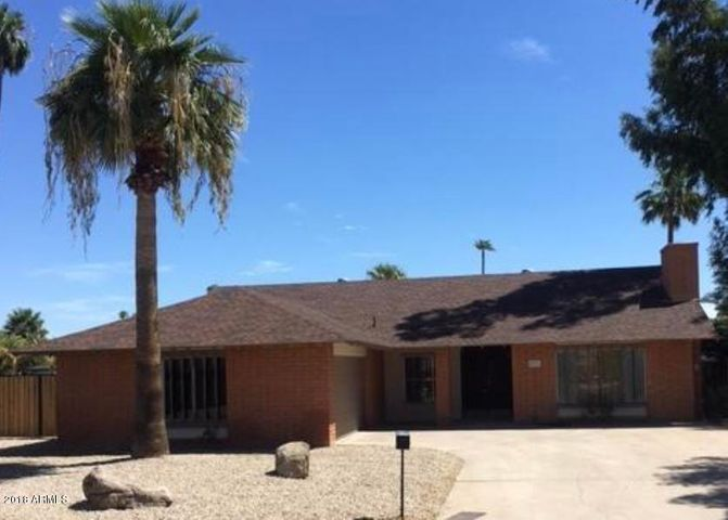 4526 W LAURIE Lane, Glendale, AZ 85302